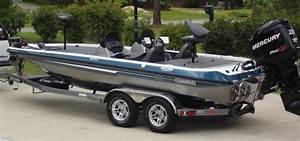 Bass Boats  Champion Bass Boats