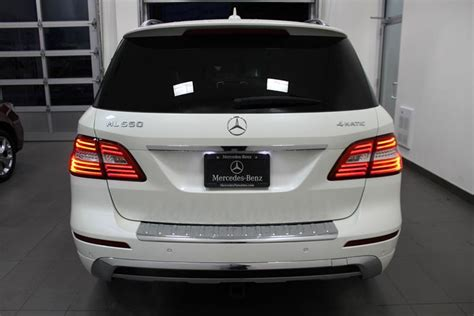 The ml400 loses more than 250 pounds versus the ml550; 2015 Mercedes Benz ML550 4Matic Outside Metro Vancouver, Vancouver - MOBILE