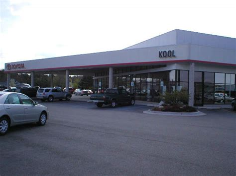 Toyota Dealerships In Michigan by Kool Toyota Car And Truck Dealer In Grand Rapids