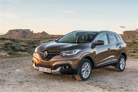 renault kadjar jahreswagen renault kadjar goes on sale in priced from 22 990 86 new photos