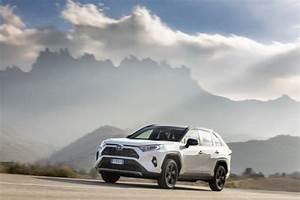 4x4 Toyota Hybride : essai toyota rav4 hybride notre avis sur le nouveau suv hybride l 39 argus ~ Maxctalentgroup.com Avis de Voitures