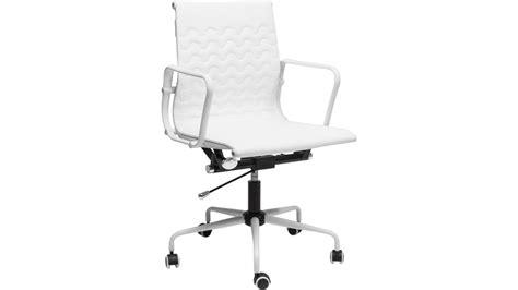 chaise de bureau blanche achetez votre chaise de bureau à roulettes design blanche