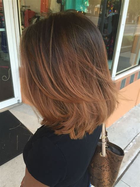 The familiar kare with such coloring will acquire a completely new sound. short layered hair | Medium short hair, Hair lengths