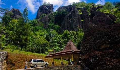 wisata desa nglanggeran gunung purba gunung kidul