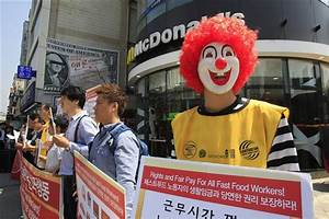 Fast Food Workers Plan Global Protest Over Wages