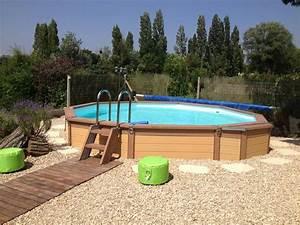 Piscine Semi Enterrée Composite : belle piscine carr semi enterr e ~ Dailycaller-alerts.com Idées de Décoration