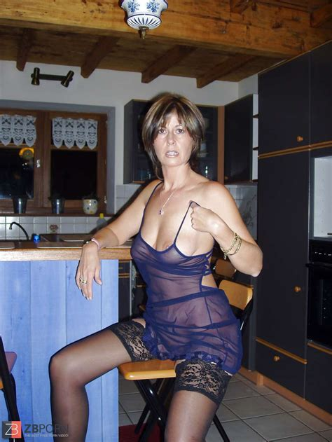 Mature Mummy Christine From France She Showcases All Zb Porn