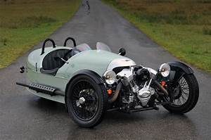Morgan Three Wheeler Occasion : this 3 wheeler is like a motorcycle and car stylishly combined airows ~ Medecine-chirurgie-esthetiques.com Avis de Voitures
