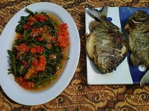 Cah kangkung balado & ikan bawal goreng | KANGKUNG , BAYAM ...