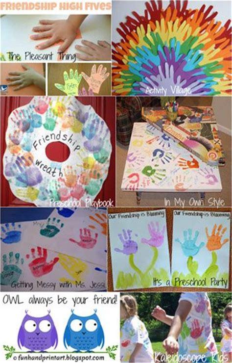 friendship crafts made with handprints friendship in 267   98c655d16c7ba875e9220642dfe4ba37