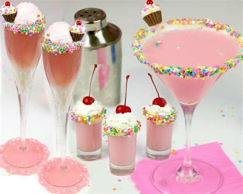 {video} Cupcake Cocktails & Mocktails Funfetti Martini