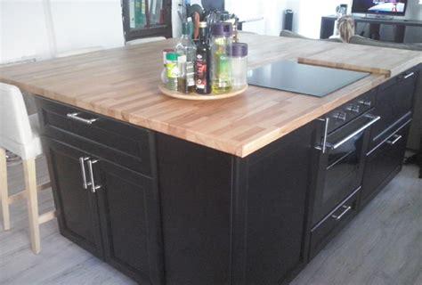 plan de travail pour ilot central cuisine rénovation de cuisine sur mesure avec ilôt central en bois