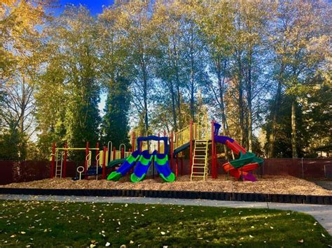 lynnwood preschool and toddler care building kidz of 778 | Play area 1