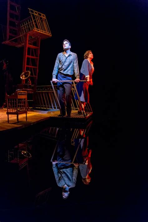 glass menagerie broadway review zachary quinto cherry jones