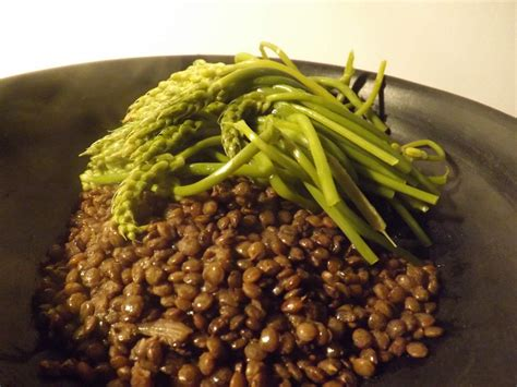 une jatte en cuisine cuisine aspergettes et lentilles vertes cerda artisanat