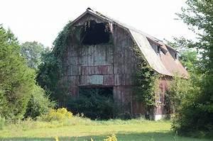 Louis Gray Homestead  Barn