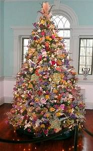 top 5 christmas tree theme photos and decorating idea With christmas tree decorations with flowers