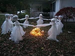 Pouf Exterieur Gifi : decoration halloween exterieur la deco halloween exterieur ~ Teatrodelosmanantiales.com Idées de Décoration