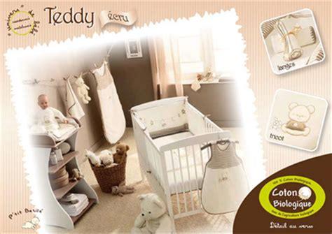 cadre ourson chambre bébé décoration chambre bébé ourson thème ourson
