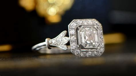 lost diamond earring insurance insuring jewelry how to