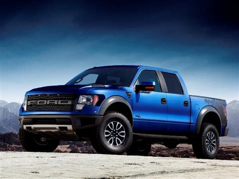 ford raptor  feature aluminum alloy body panels