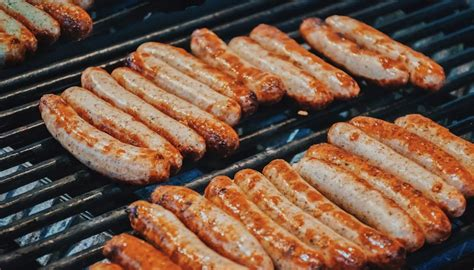 vegans  australia outraged  bunnings fundraising sausage sizzle  fire victims newshub