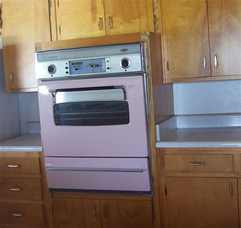 Pink Whirlpool Wall Oven   In a house I had looked at, and