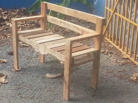 Pallett Bench by Pallet Outdoor Bench 1001 Pallets