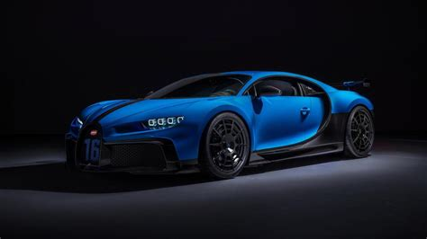 The factory where the chiron is split up into 12 departments, which are only 500 units will be built with a base price of around £2,158,110. 2020 Bugatti Chiron Pur Sport: Specs, Features, Price, Photos