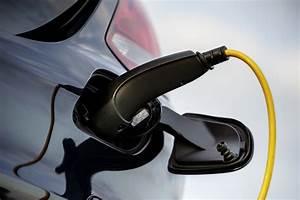Mercedes Classe C Hybride : mercedes un pick up hybride rechargeable en gestation ~ Maxctalentgroup.com Avis de Voitures