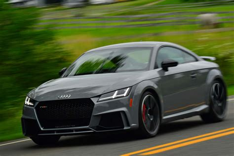 audi tt rs  spec  drive review automobile