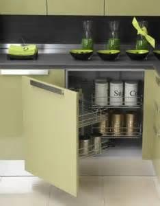 tiroir angle cuisine comment choisir ses meubles de cuisine travaux cuisine