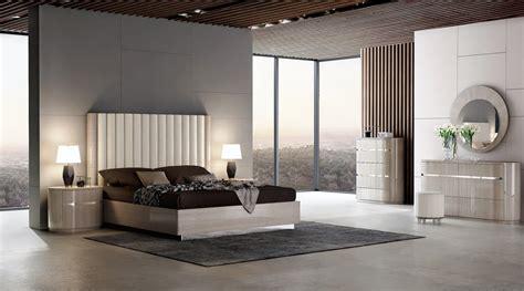 giorgio modern bedroom set light maple  jm furniture