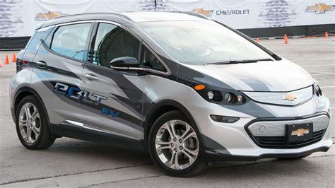 Chevrolet Bolt 2017 EV Review: Better than Tesla Model 3