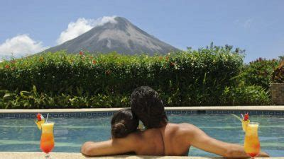 8 Costa Rica Honeymoon Packages & Romantic Vacations For 2017