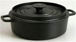 Cocotte Fonte Invicta : cocotte ovale en fonte 29 cm invicta noir ~ Frokenaadalensverden.com Haus und Dekorationen