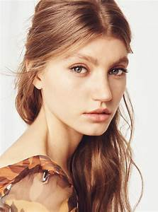 Beautiful 3970s Makeup And Hair Ideas POPSUGAR Beauty