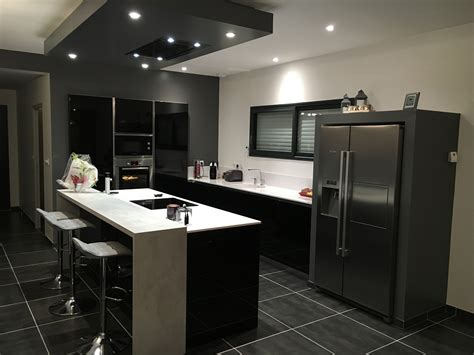 cuisine uip noir cuisine et blanche cuisines habitat