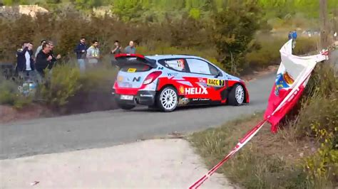 Thierry Neuville Rallye Beinahe Crash by Thierry Neuville Crash Rallye De Catalunya 2015