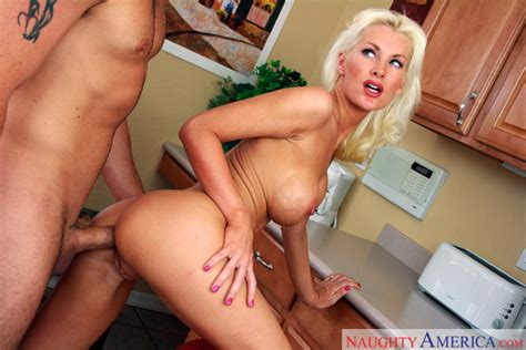 Brandi Edwards Brad Thunders Big Tits Blow Job Anal