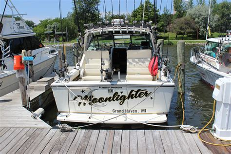 Charter Boat Fishing Grand Haven by Top Rated Salmon Fishing Charter In Grand Haven Mi