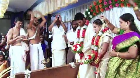 Sarun+rangeena Wedding Promo (kerala Wedding Album) 25