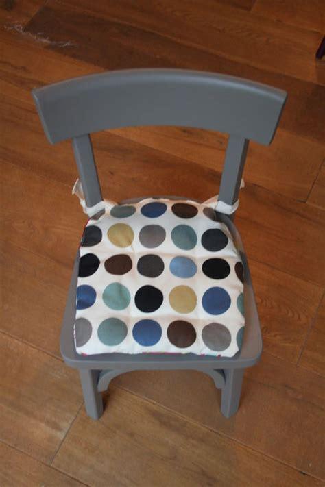 chaise bauman chaise bauman entièrement repeinte bonjour