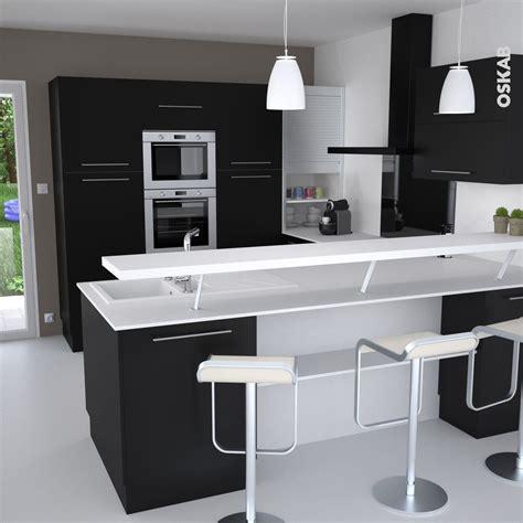 plan de cuisine cuisine et blanche au style design avec snack bar