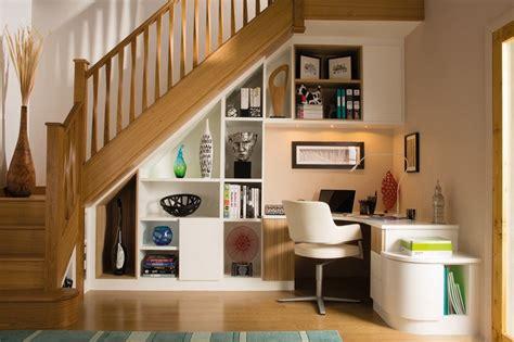 rangement sous escalier et idées d 39 aménagement alternatif