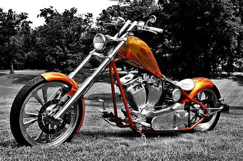Custom Motorcycles : Cfl Evo Chopper