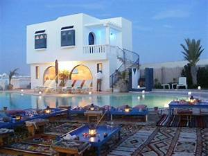 location vacances tunisie location villa tunisie location With modele de maison en l 5 image maison tunisienne