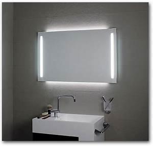 Badspiegel Nach Maß : badspiegel mit led beleuchtung und ablage das beste aus wohndesign und m bel inspiration ~ Sanjose-hotels-ca.com Haus und Dekorationen