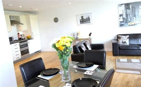 Living Room Restaurant Milton Keynes by Milton Keynes Shortlets Stay Serviced Apartments