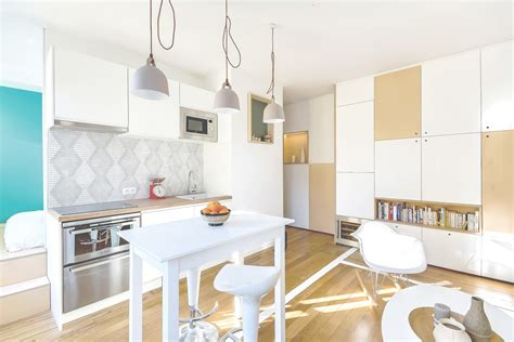 decoration des petites cuisines 30m2 flat in richard guilbault archdaily